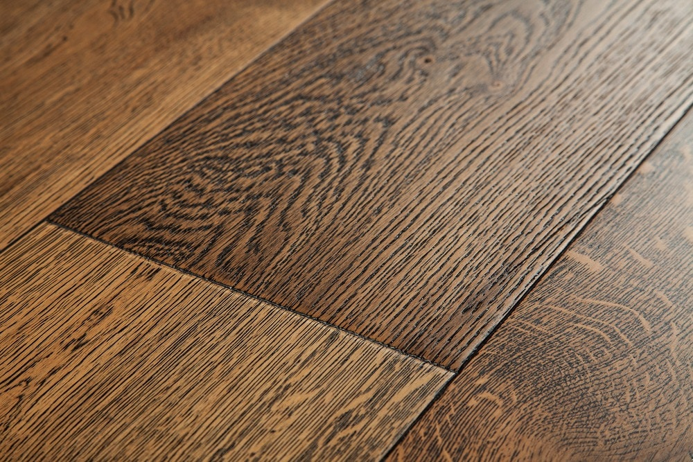 Oak Is One Of The Most Favorite Materials That Are Used As Flooring In Modern Homes But It Doesn T Mean Can Give A Traditional Look To Your Home